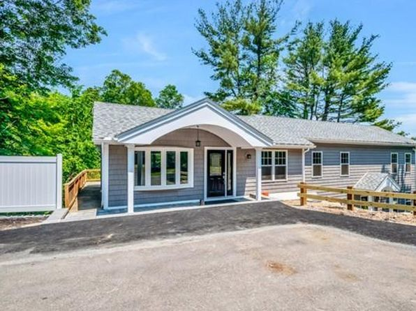 3 bed 2 bath Condo at 51 N Main St Middleton, MA, 01949 is for sale at 390k - 1 of 19