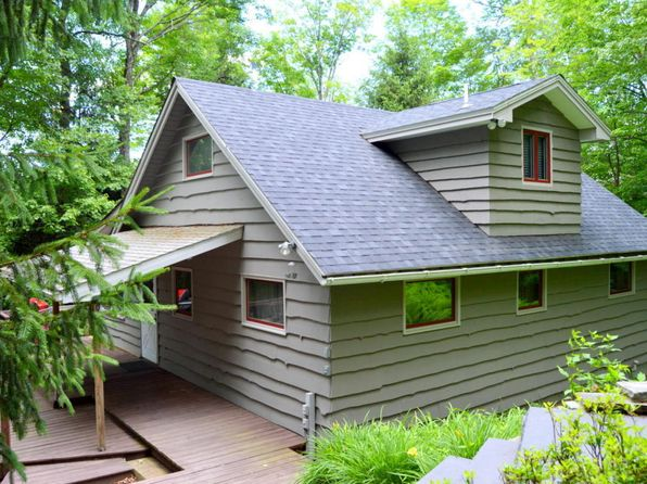 3 bed 2 bath Single Family at 105 Upper Big Woods li Rd Greentown, PA, 18426 is for sale at 250k - 1 of 39