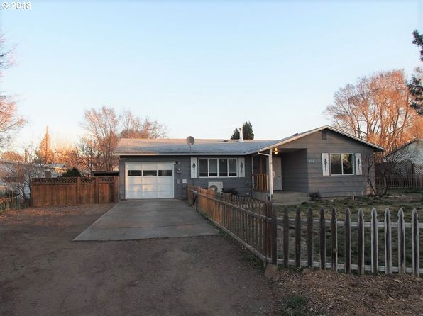 3 bed 1 bath Single Family at 409 3RD AVE DALLESPORT, WA, 98617 is for sale at 220k - 1 of 11
