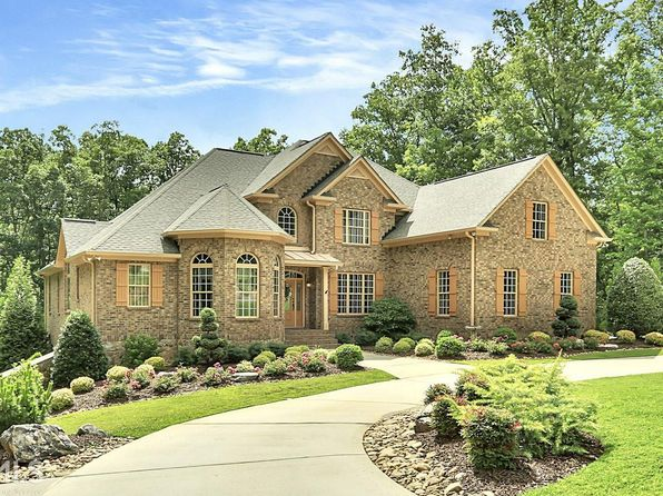 5 bed 6 bath Single Family at 195 Diamond Pt Fayetteville, GA, 30215 is for sale at 849k - 1 of 36