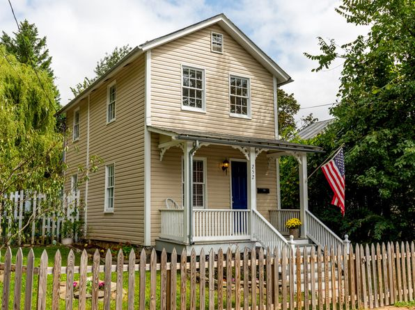 2 bed 2 bath Single Family at 252 Loudoun St SW Leesburg, VA, 20175 is for sale at 305k - 1 of 30