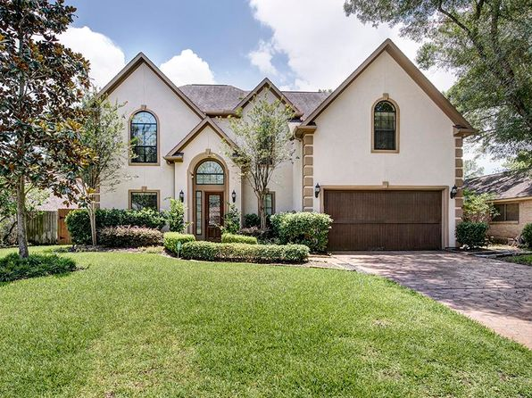 5 bed 4 bath Single Family at 14011 Kingsride Ln Houston, TX, 77079 is for sale at 899k - 1 of 26