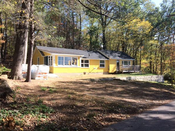 3 bed 2 bath Single Family at 29 WILLIAMS RD HOLLAND, MA, 01521 is for sale at 175k - 1 of 8