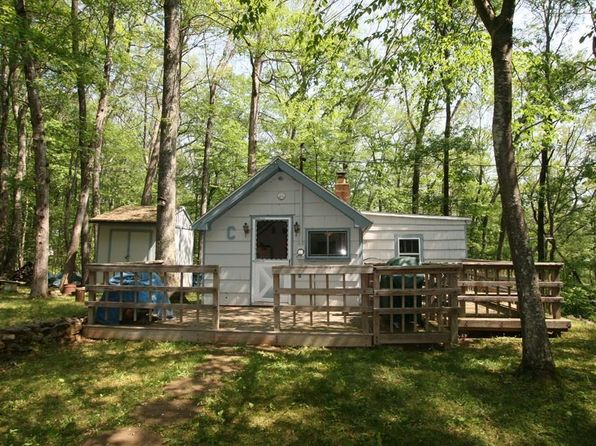 1 bed 1 bath Single Family at 25 HALFWAY LN HOLLAND, MA, 01521 is for sale at 89k - 1 of 30