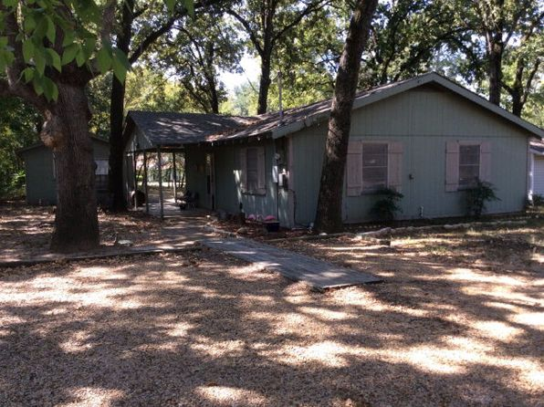 2 bed 1 bath Single Family at 105 Hob of the Hl Gun Barrel City, TX, 75156 is for sale at 89k - 1 of 15