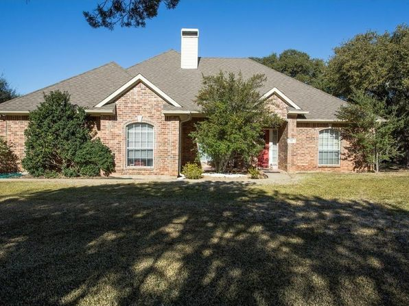 3 bed 2 bath Single Family at 24014 Oak Shadow Whitney, TX, 76692 is for sale at 215k - 1 of 19