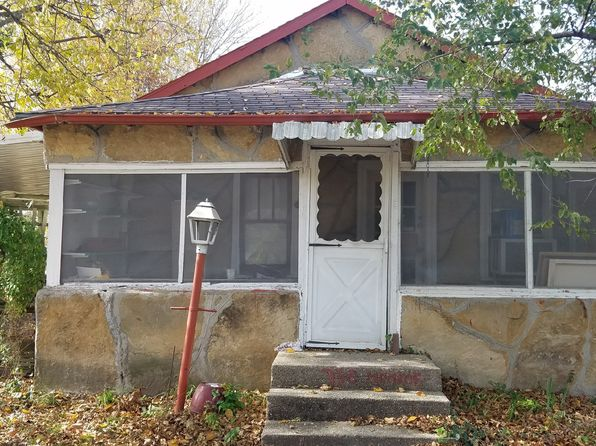 2 bed 1 bath Single Family at 730 S Monroe Ave Joplin, MO, 64801 is for sale at 32k - 1 of 3