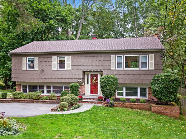 3 bed 3 bath Single Family at 76 Lakeside Rd Mount Kisco, NY, 10549 is for sale at 599k - 1 of 25