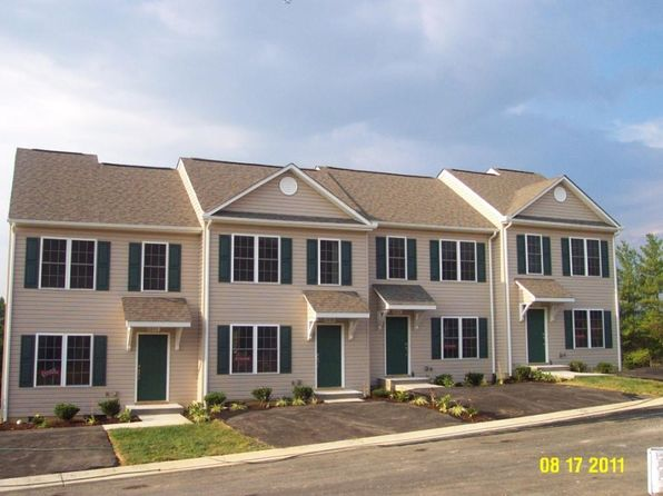 3 bed 3 bath Townhouse at 6806 Village Green Dr Roanoke, VA, 24019 is for sale at 160k - 1 of 8