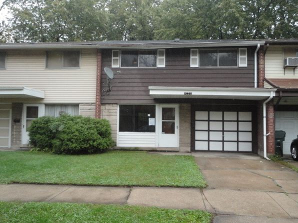 3 bed 2 bath Condo at 13665 S Normal Ave Riverdale, IL, 60827 is for sale at 19k - google static map