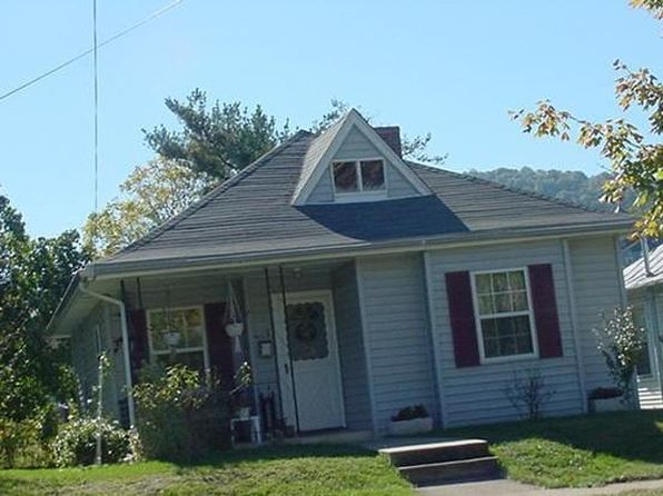 2 bed 1 bath Single Family at 615 Highland Ave SE Roanoke, VA, 24013 is for sale at 43k - google static map