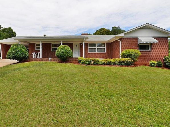 4 bed 2 bath Single Family at 708 Hudson St Winston Salem, NC, 27105 is for sale at 125k - 1 of 25