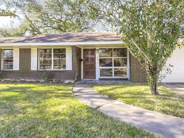 3 bed 2 bath Single Family at 9830 Bassoon Dr Houston, TX, 77025 is for sale at 285k - 1 of 37