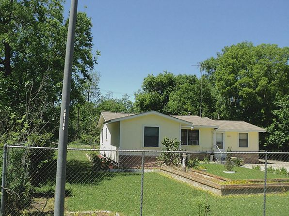 2 bed 1 bath Single Family at 1110 Niagara St Houston, TX, 77051 is for sale at 47k - 1 of 13