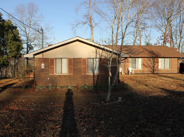 3 bed 2 bath Single Family at 3894 Highway 198 Carnesville, GA, 30521 is for sale at 245k - 1 of 24