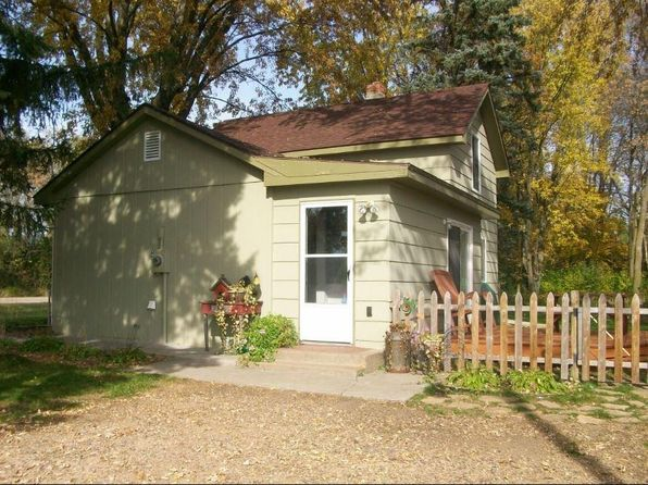 3 bed 1 bath Single Family at 1445 County Road A New Richmond, WI, 54017 is for sale at 133k - 1 of 17