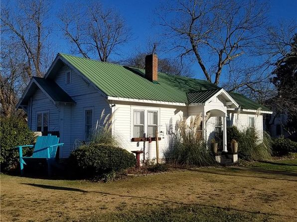 3 bed 1 bath Single Family at 701 Geneva St Opelika, AL, 36801 is for sale at 120k - 1 of 21