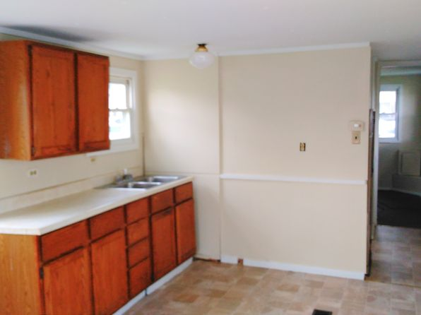 1 bed 1 bath Mobile / Manufactured at 143 HARRISON ST PITTSFIELD, ME, 04967 is for sale at 6k - 1 of 11