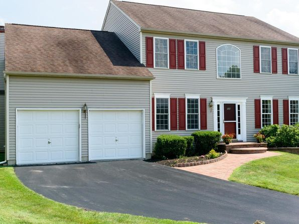 4 bed 3 bath Single Family at 529 Dublin Dr Downingtown, PA, 19335 is for sale at 495k - 1 of 24