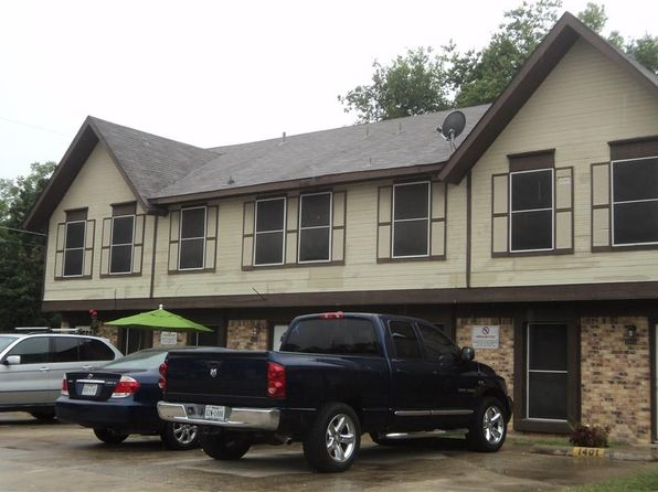 8 bed 8 bath Multi Family at 1401 Shufford St Irving, TX, 75060 is for sale at 375k - google static map