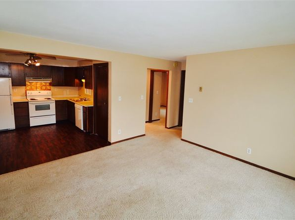 2 bed 1 bath Condo at 506 COMMERCIAL ST LA PORTE CITY, IA, 50651 is for sale at 38k - 1 of 10