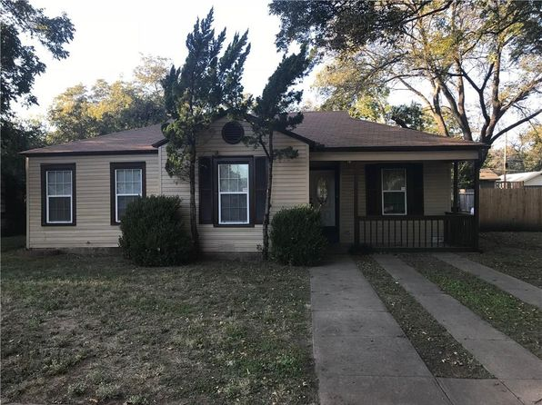 3 bed 2 bath Single Family at 426 Bales St Cleburne, TX, 76033 is for sale at 122k - 1 of 10