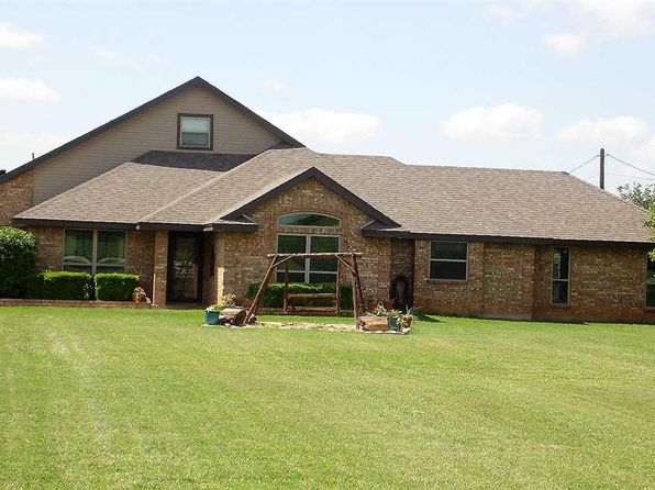 3 bed 3 bath Single Family at 2650 Bell Rd S Iowa Park, TX, 76367 is for sale at 310k - 1 of 30