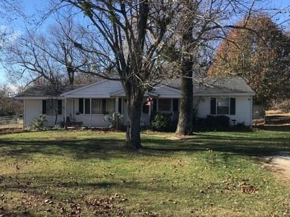 4 bed 1 bath Single Family at 3915 N GULLEY RD FAYETTEVILLE, AR, 72703 is for sale at 200k - 1 of 14
