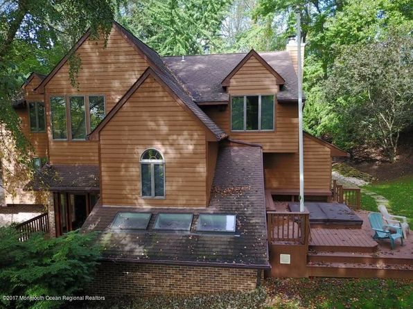 4 bed 3 bath Single Family at 33 Ashley Dr Holmdel, NJ, 07733 is for sale at 690k - 1 of 35