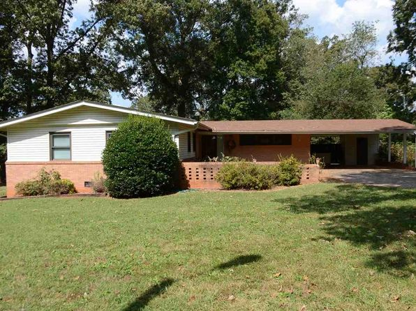 3 bed 2 bath Single Family at 108 CALHOUN AVE PENDLETON, SC, 29670 is for sale at 125k - 1 of 15