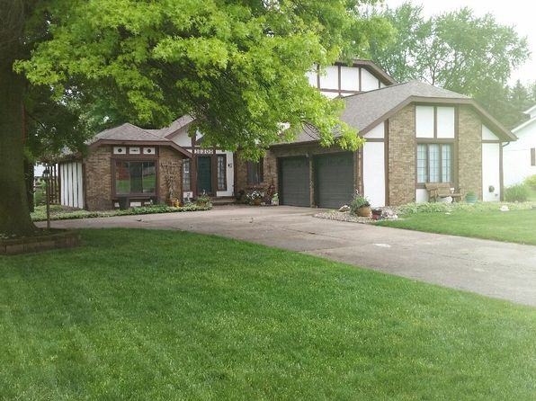 3 bed 3 bath Single Family at 16300 Chickory Ct Granger, IN, 46530 is for sale at 229k - 1 of 6