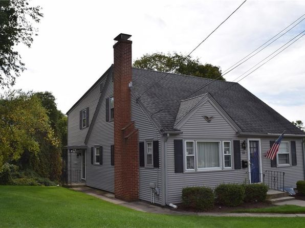 4 bed 2 bath Single Family at 23 HOWLAND RD CRANSTON, RI, 02910 is for sale at 260k - 1 of 33