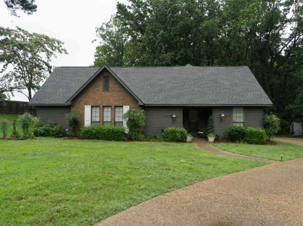 4 bed 2 bath Single Family at 106 Lowe Cir Clinton, MS, 39056 is for sale at 173k - 1 of 30