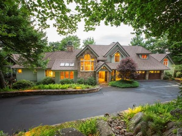 5 bed 5 bath Single Family at 1734 Toxaway Dr Lake Toxaway, NC, 28747 is for sale at 1.88m - 1 of 24