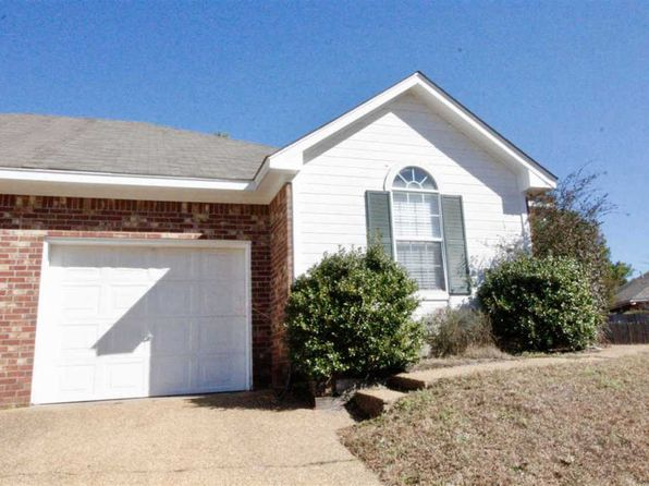 3 bed 2 bath Townhouse at 208 Kings Ridge Cv Brandon, MS, 39047 is for sale at 115k - 1 of 11