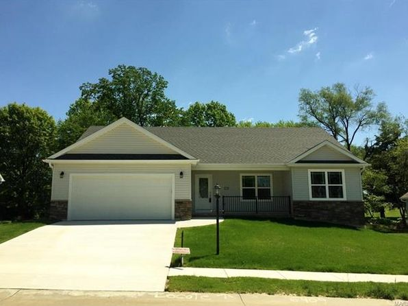 4 bed 3 bath Single Family at 6409 Winter Ct Godfrey, IL, 62035 is for sale at 240k - 1 of 19