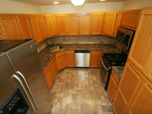 2 bed 2 bath Condo at 818 Magnolia Ln Branchburg, NJ, 08876 is for sale at 235k - 1 of 24