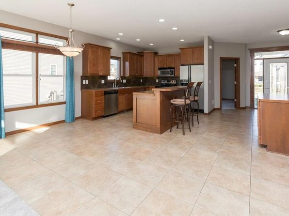 3 bed 3 bath Single Family at 14316 Clearview Ln Urbandale, IA, 50323 is for sale at 340k - 1 of 24