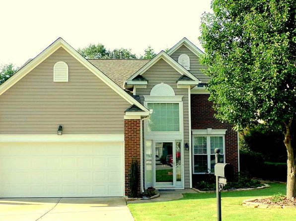 3 bed 3 bath Single Family at 14 War Admiral Way Greenville, SC, 29617 is for sale at 220k - 1 of 25