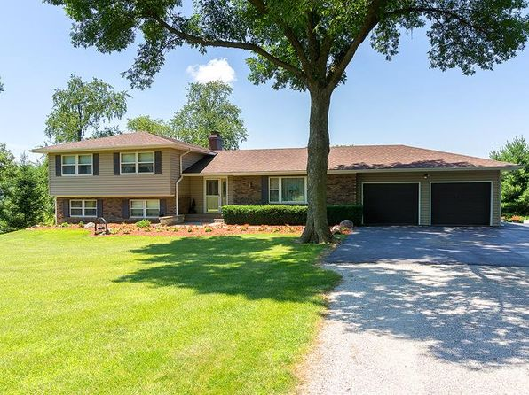 5 bed 4 bath Single Family at 13310 61st Ave Blue Grass, IA, 52726 is for sale at 400k - 1 of 24