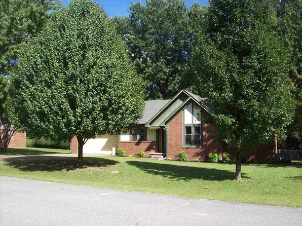 3 bed 2 bath Single Family at 102 Commanche Trl Jackson, TN, 38305 is for sale at 100k - 1 of 15