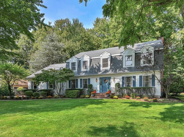 4 bed 3 bath Single Family at 689 Mountain Ave Wyckoff, NJ, 07481 is for sale at 789k - 1 of 22