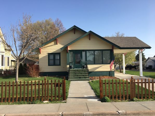 4 bed 2 bath Single Family at 1026 Maple St Sidney, NE, 69162 is for sale at 148k - 1 of 19