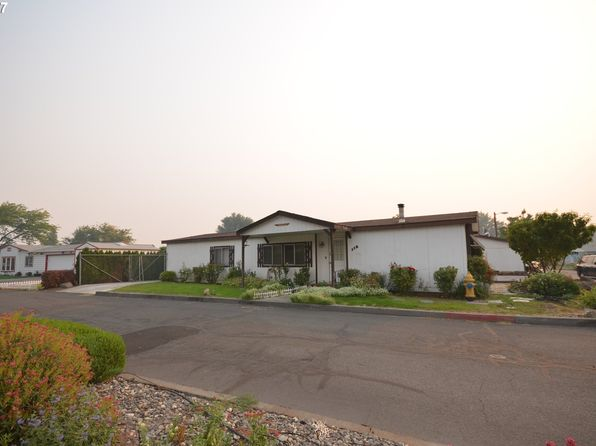 3 bed 2 bath Mobile / Manufactured at 950 Pomona St The Dalles, OR, 97058 is for sale at 138k - 1 of 16