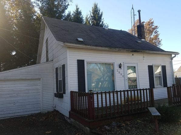 3 bed 1 bath Single Family at 2008A 4th Ave Sterling, IL, 61081 is for sale at 24k - 1 of 20
