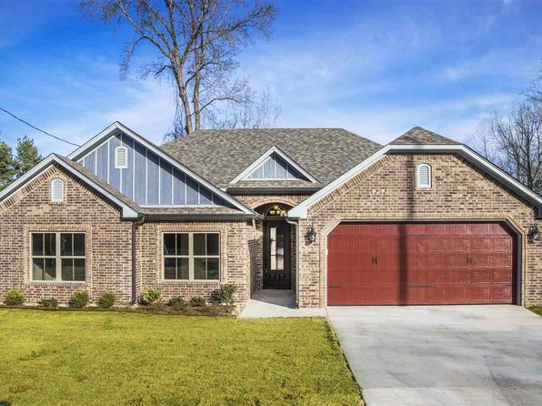 3 bed 2 bath Single Family at 4010 Alberta St Longview, TX, 75605 is for sale at 175k - 1 of 25