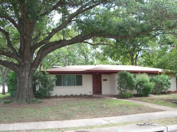 3 bed 2 bath Single Family at 760 Hartin Cir Irving, TX, 75061 is for sale at 178k - 1 of 26