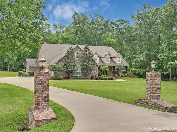 4 bed 5 bath Single Family at 147 Juli Ln Benton, LA, 71006 is for sale at 425k - 1 of 30