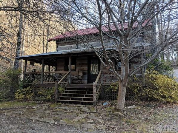 2 bed 1 bath Single Family at 7500 US Hwy 107n Glenville, NC, 28736 is for sale at 140k - 1 of 16