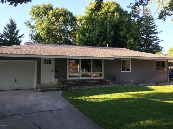 3 bed 2 bath Single Family at 454 14th St NE Owatonna, MN, 55060 is for sale at 170k - 1 of 19